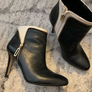 Banana Republic two tone ankle boot